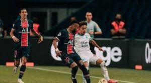 أولمبيك مارسيليا يكسر عقدة غريمه باريس سان جيرمان، وهزمه لأول مرة منذ سنوات